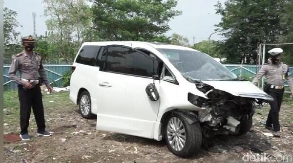 Hanafi Rais Jadi Korban Kecelakaan Beruntun di Tol Cipali