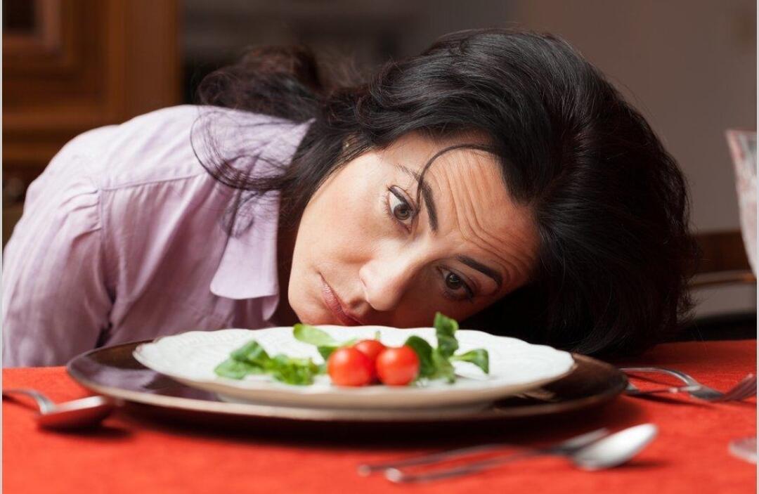 10 Hal Bikin Kesal Ketika Di Tempat Makan (Resto, Rumah Makan, Cafe Dan Bistro)