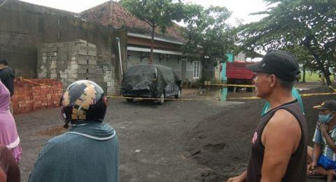 Ada Mayat Kerabat Jokowi di Dalam Mobil, Warga: Seperti Sengaja Dibakar