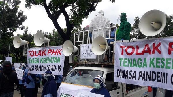 Pekerja Ambulans DKI: Pak Anies, Massa Demo Omnibus Law Ditemui, Kami Tidak?