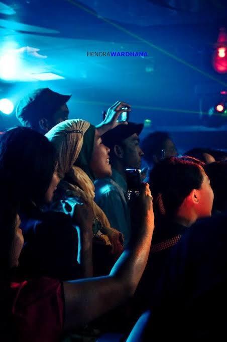 Ukhti Bar-Bar Mulai Gentayangan Di Media Sosial, Berhijab Sambil Dugem