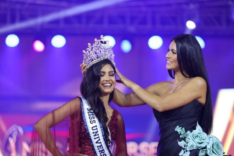 Rabiya Mateo Menang Di Kontes Miss Universe Philippines 2020, Saingan Indonesia Nih!