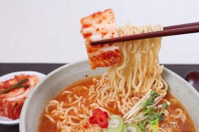 Ramyeon Makanan Korea Populer Di Indonesia