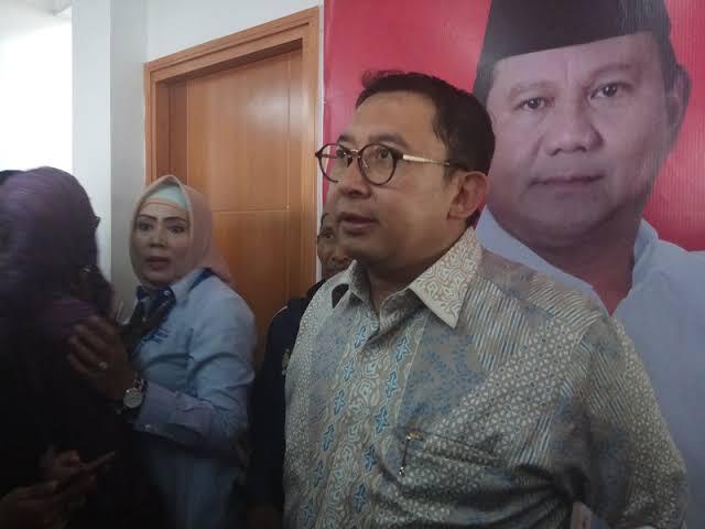 Dukung Menantu Jokowi, Fadli Zon sampai Rela Turun Langsung ke Medan