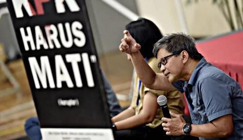 Widih, Rocky Gerung Bandingkan Jokowi dengan Habib Rizieq: Presiden Jokowi Kalah...
