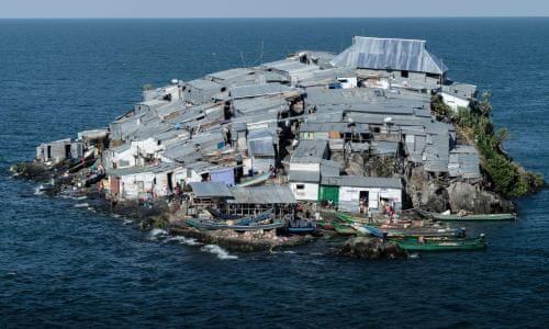 11 Pulau Terpadat di Dunia, Salah Satunya Ada di INDONESIA!