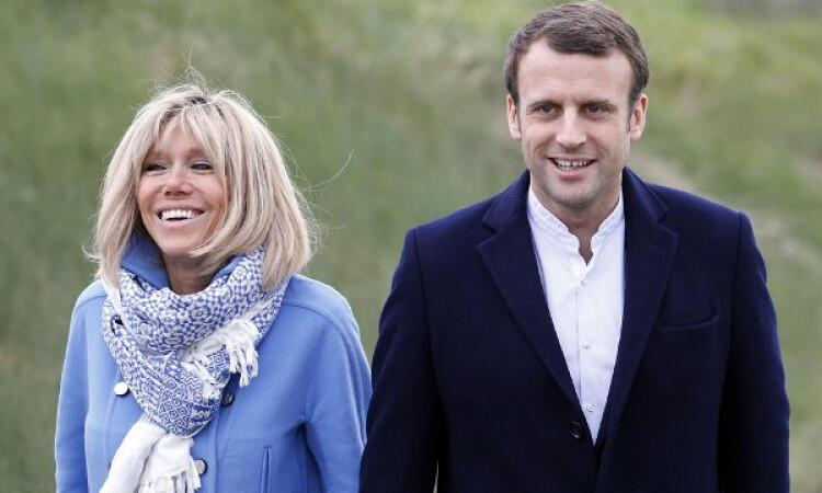 Kisah Hidup Macron, Nikahi Mantan Guru Hingga Pimpin Negera Dengan 7 Juta Muslim