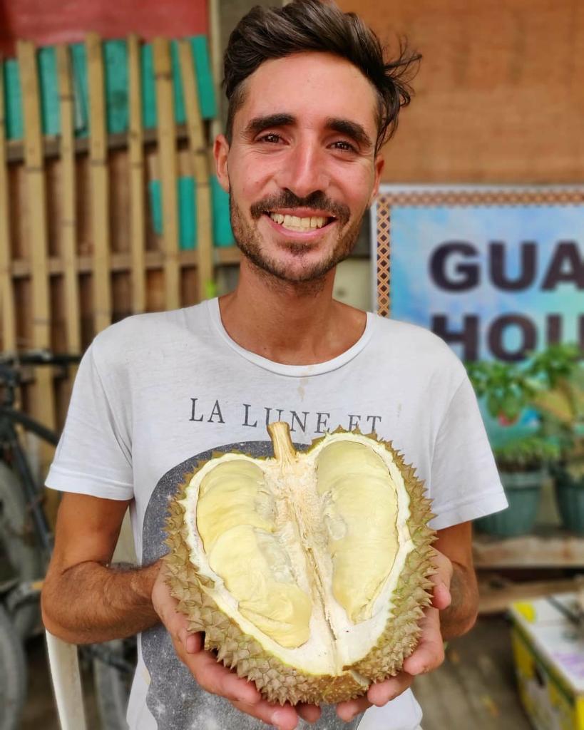 Petualangan Pablo Salvatierra, Si Pecandu Buah-Buahan Asal Argentina
