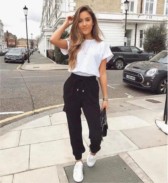 Tips Padu-Padan Jogger Pants, Bikin OOTD Makin Kece & Stylish.