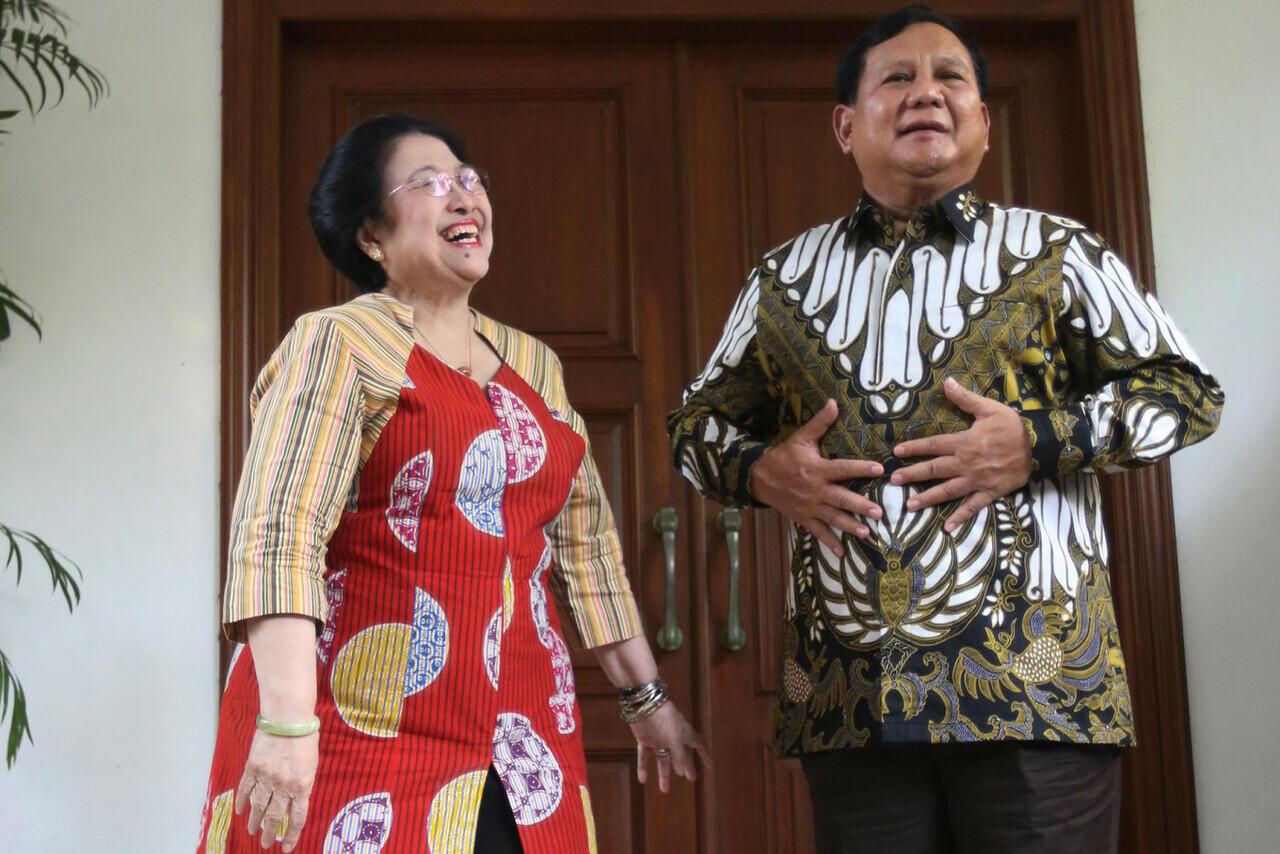 Pertarungan Pilpres 2024, PDIP Jagoin Puan, Ganjar, atau Mau Gandeng Prabowo?
