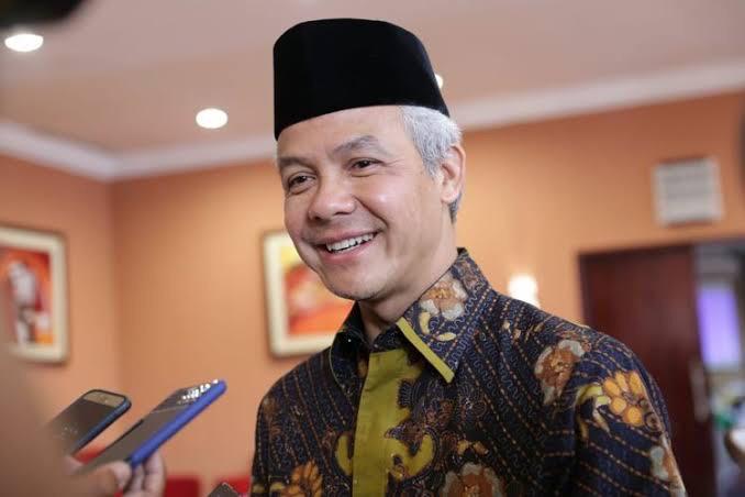 Elektabilitas Melejit, Pak De Ganjar Bakal Maju Pilpres 2024?