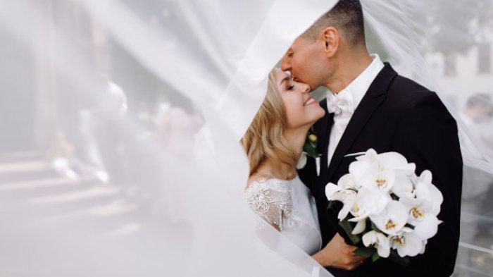 Istri Idaman! Terapkan 10 Cara Jitu Ini!