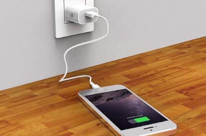 Dengan Teknologi ini, Ngecharge Smartphone Bisa Pakai Udara Gan!