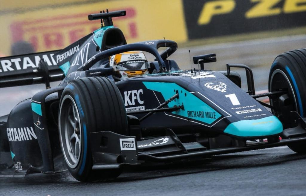 Pembalap F2 Indonesia Sean Gelael Kembali untuk Sebuah Trofi
