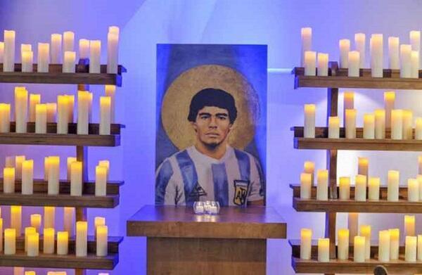 Tahukah Agan2 Ada Gereja yang Menyembah Maradona? Dgn Messi sbg Juru Selamatnya.
