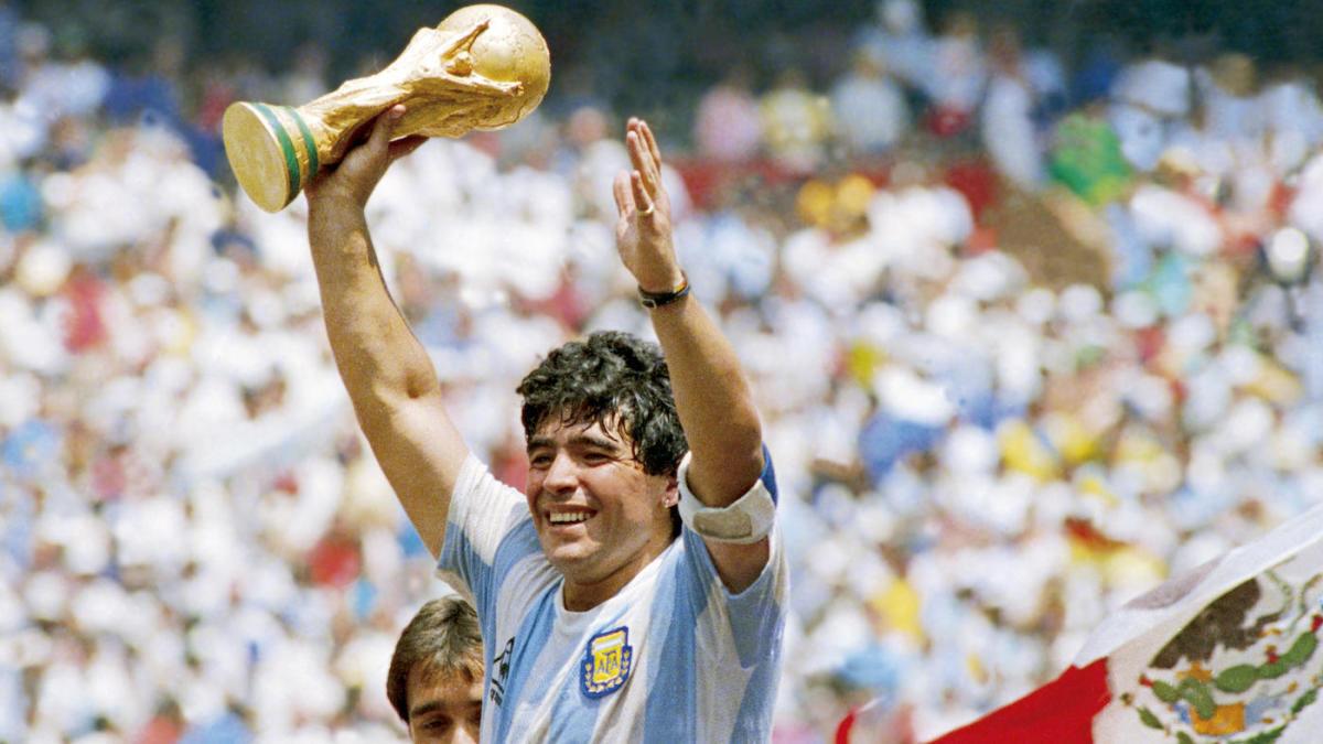 Mengenang Pencapaian Diego Maradona, Pemain Berjuluk Gol Tangan Tuhan