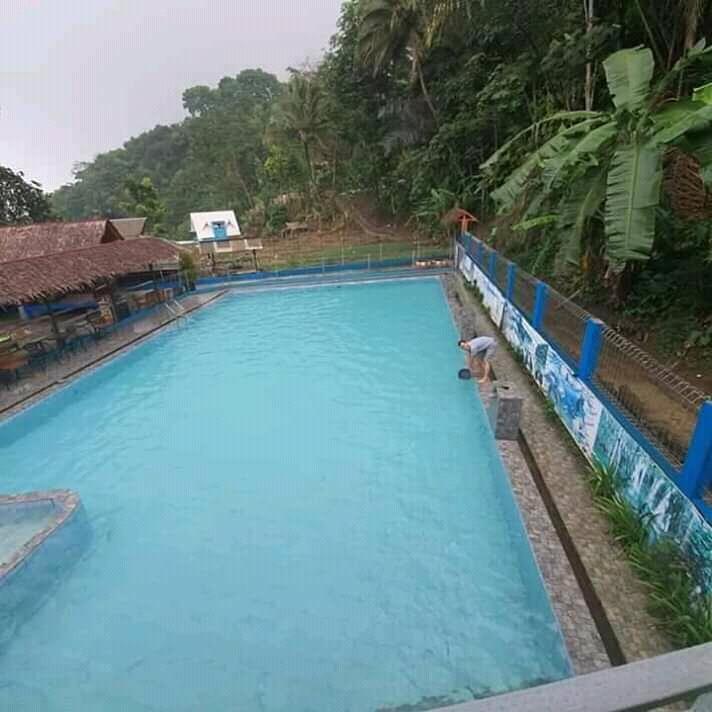 Cireong Park & Jembatan Pelangi Warnasigra, Murah Meriah Aman Travelling Terdekat!
