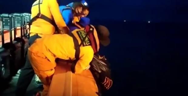 1 Nelayan Kapal Tenggelam Ditemukan Tewas, 2 Masih Hilang