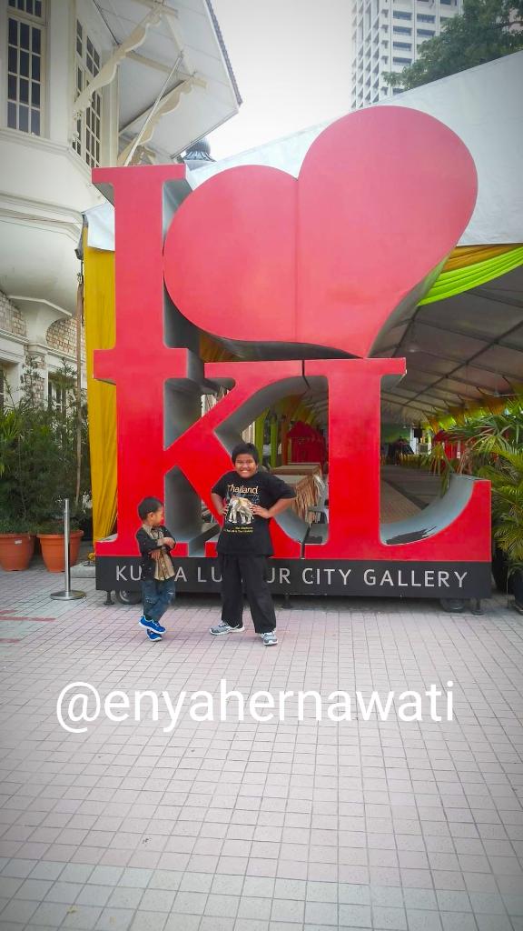 Mengeksplor Kuala Lumpur