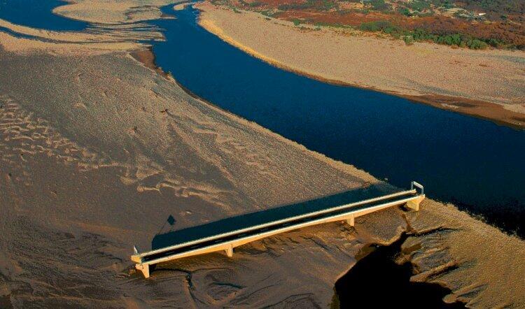 Karena Badai Mitch Tahun 1998, Jembatan Anti Badai Ini Menjadi Tidak Berguna!