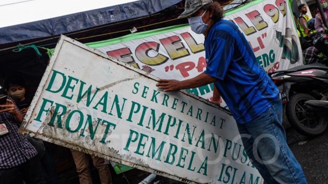 Presiden Jokowi Menyetujui Pembubaran FPI Karena Tekanan Pengusaha?
