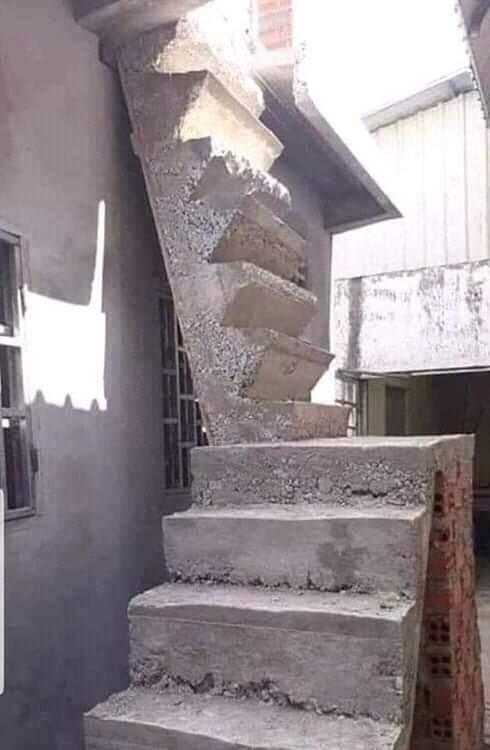 Bikin Mikir Keras! Sebenarnya Punya Masalah Apa Yang Buat Bangunan Ini?