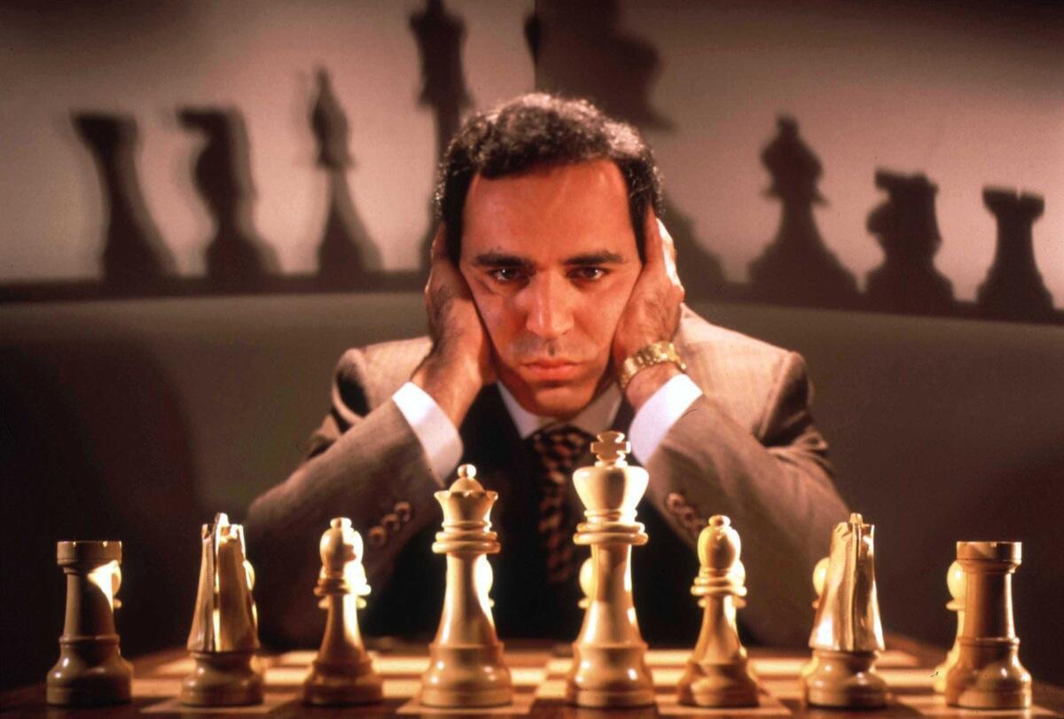 """Deep Blue! Komputer Yang Mengalahkan Juara Dunia Catur """"Garry Kasparov"""" Pada 1997!"""
