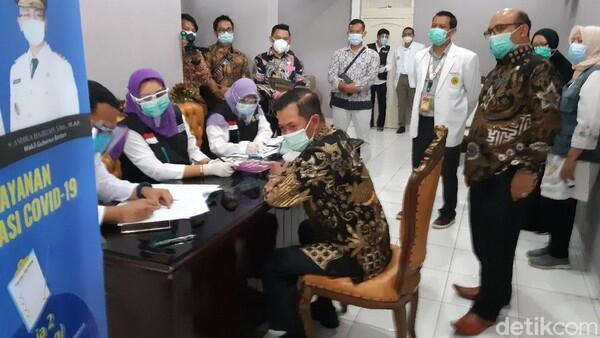 Gagal Divaksinasi, Walkot Serang Ngaku Habis Makan Durian