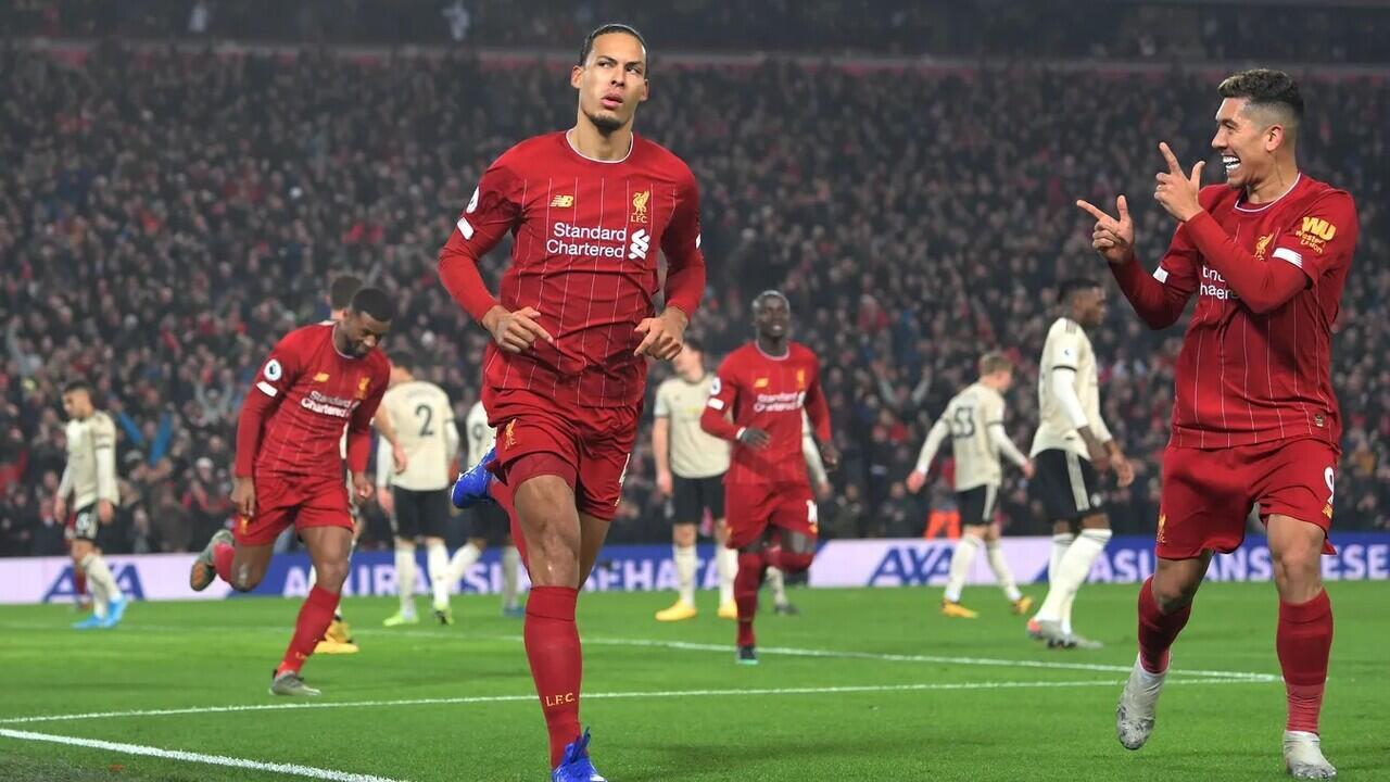 Siapa yang lebih MERAH?? Liverpool atau Manchester United?