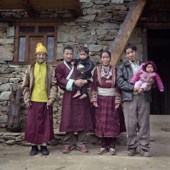 Selain 5 Suku Terpencil di Dunia, Ternyata Malang Juga Memiliki Tradisi Seks Unik Lo