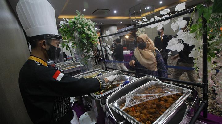 Satpol PP Bubarkan Resepsi Pernikahan di Jakarta Utara yang Melanggar PSBB