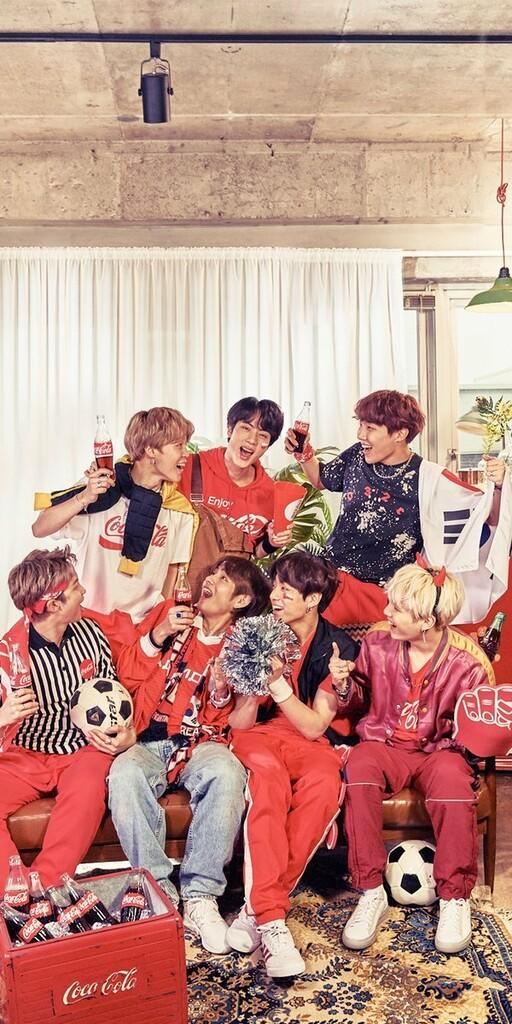 "BTS Terlibat Kampanye Global Coca-Cola Lewat Track ""Turn Up Rhythm"""