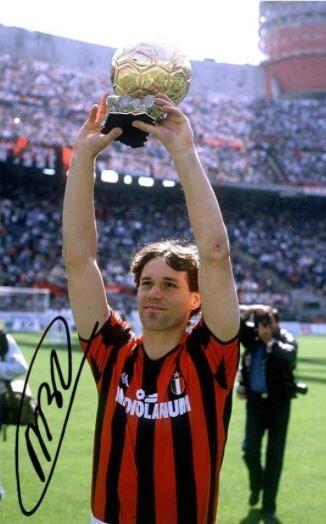 Menelisik Kembali Era Kejayaan AC Milan Periode Akhir 80an dan Awal 90an