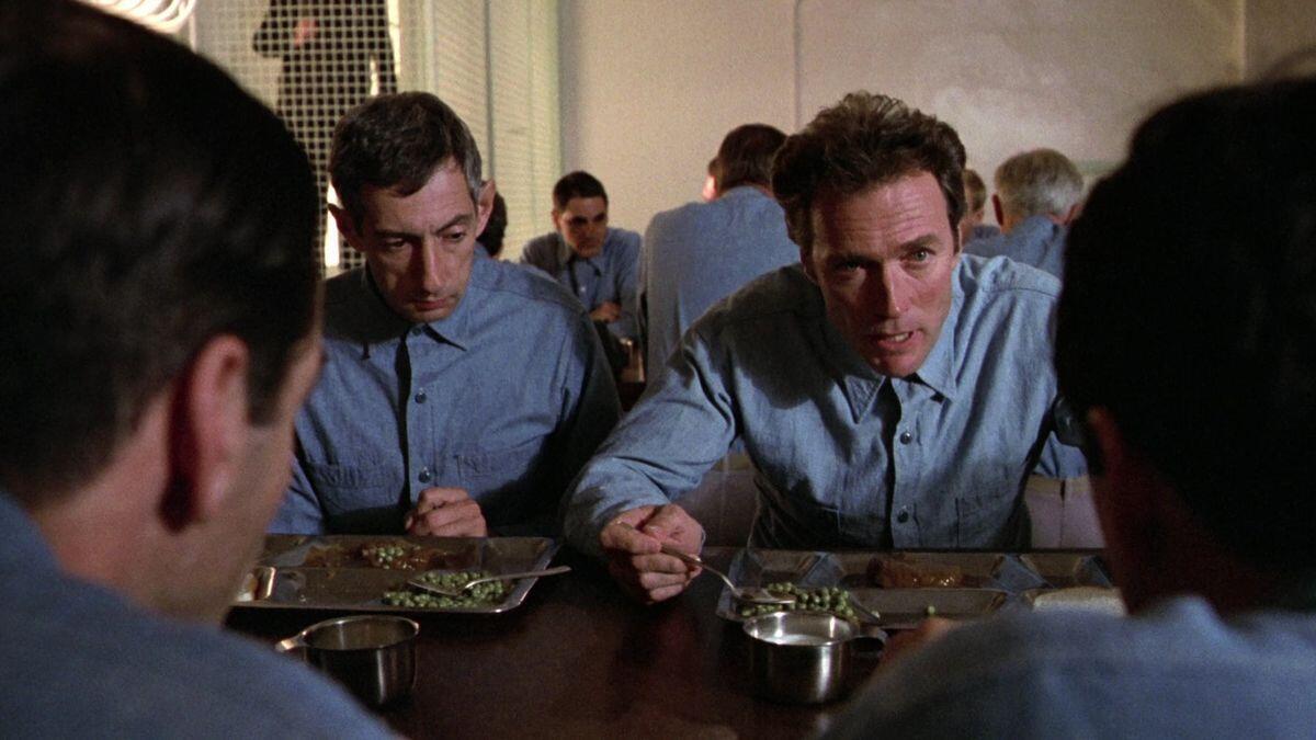 [TRUE STORY] Tiga Orang Lolos Hidup-Hidup dari Penjara Alcatraz dengan Kepala Palsu?
