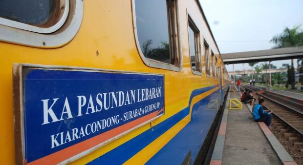 Pengalaman Mengesankan Ketika Naik Kereta Api Ekonomi