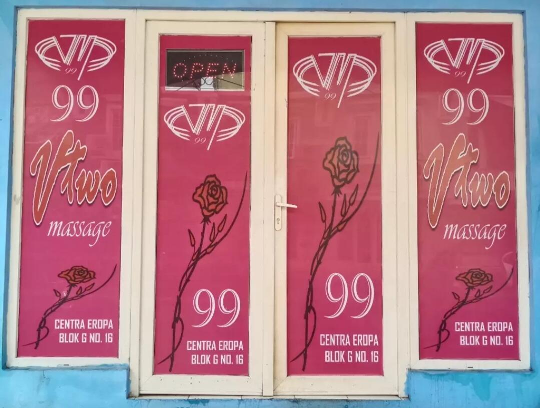 V-TWO 99 Massage Kota Wisata Cibubur