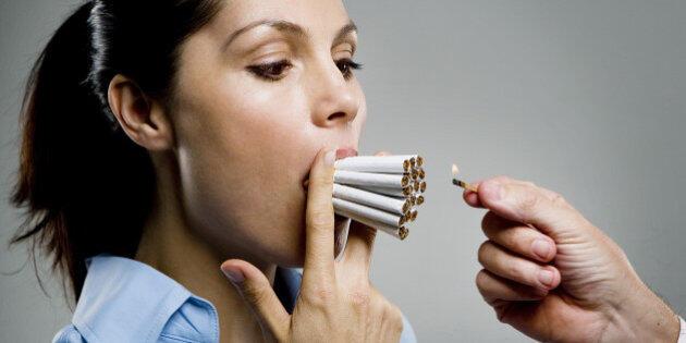 Merokok Membuat Payudara Kendur, Betul Tidak ?