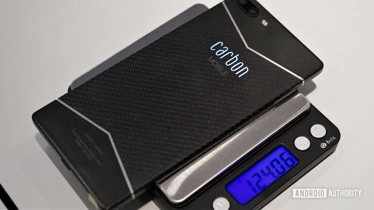Wao, Smartphone Pertama di Dunia Berbahan Carbon Dengan Teknologi HyRECM
