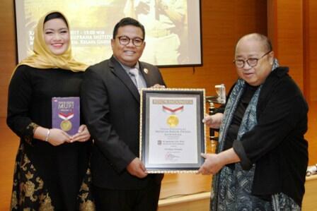 Bukan Gibran atau Bobby, Inilah Wali Kota Termuda di Indonesia!