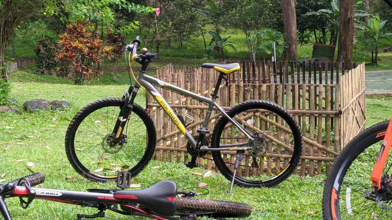 Sepedaan Bareng Teman, Seru dan Menyehatkan Tubuh
