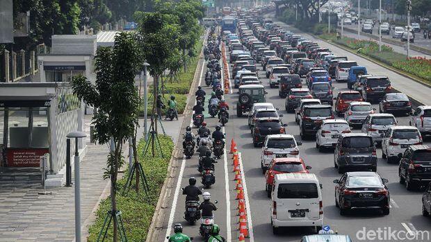 Makin Banyak Motor Serobot Jalur Sepeda Permanen, Wagub DKI Bicara Sanksi