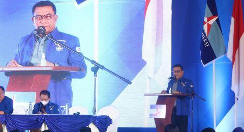 Dijadikan Ketua PD Versi KLB, Ade Armando Minta Moeldoko Mundur dari Istana