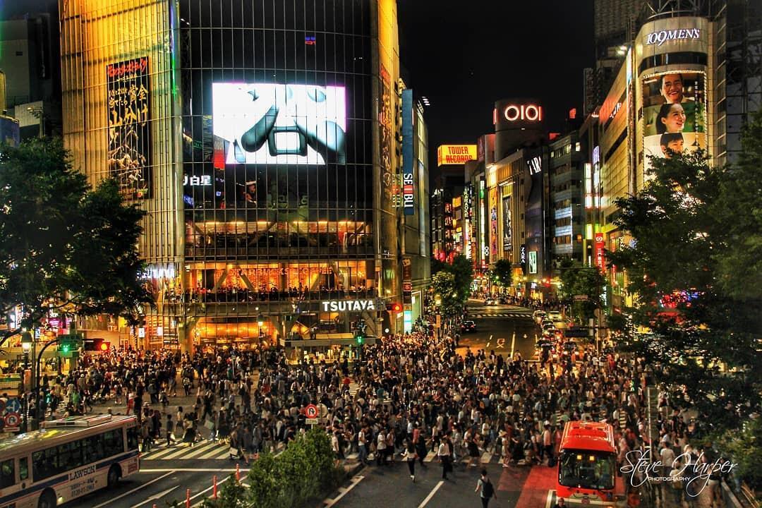 Shibuya Crossing Tokyo, Penyeberangan Tersibuk di Dunia! Sudah Pernah ke Sana, Gan?