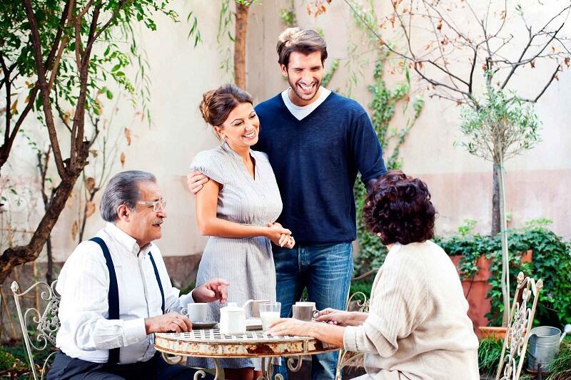 Sering Memilih Membohongi Orang Tua Tetapi Mengapa Bersikap Jujur Kepada Pasangan?