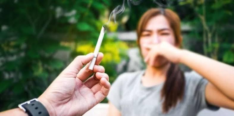 Etika Merokok Di Ruang Publik