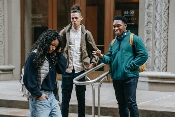 Ingat 5 Pertimbangan Ini Sebelum Menilai Keburukan Orang Lain