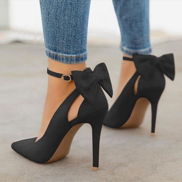 High Heels, Dari Jaman Old Sampai Now. Cek Penampakan & Fungsinya Di Sini Gansist!
