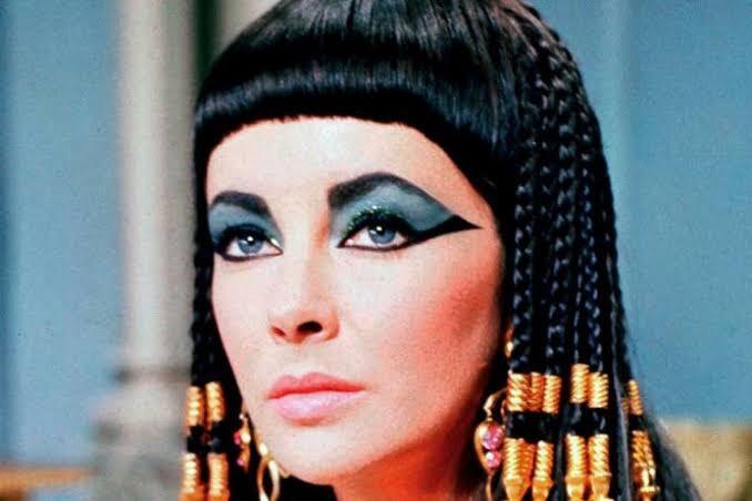 Sebelum Ada Skincare, Begini Cara Perempuan Bangsawan Merawat Wajahnya
