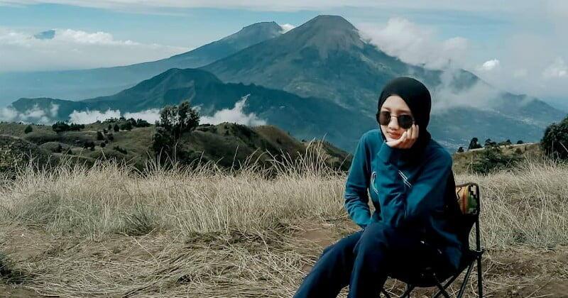 Estimasi, Biaya, & Bonus Mendaki Gunung Prau Via Wates, Jalur Paling Asyik Nih!