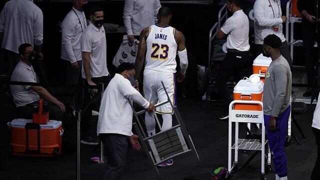 Nasib LA Lakers tanpa Anthony Davis & LeBron James akibat Cedera